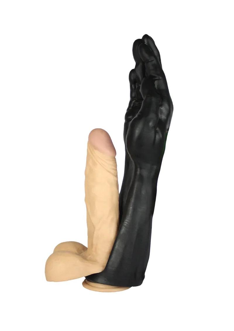Jo Fist deep-péniszre húzható.