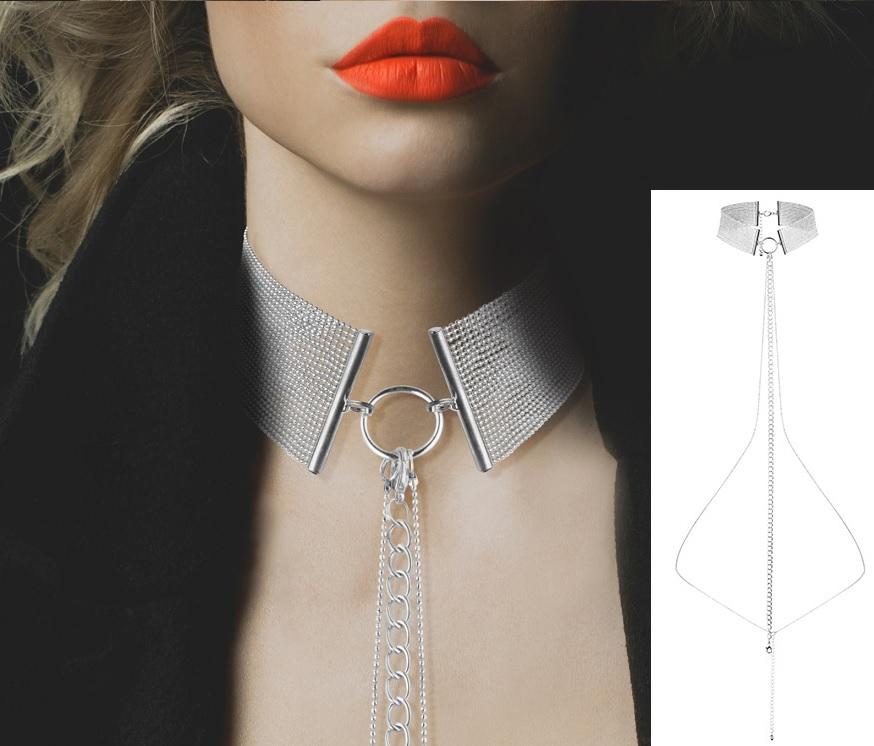 Bijoux-széles nyaklánc gyöngyökkel.