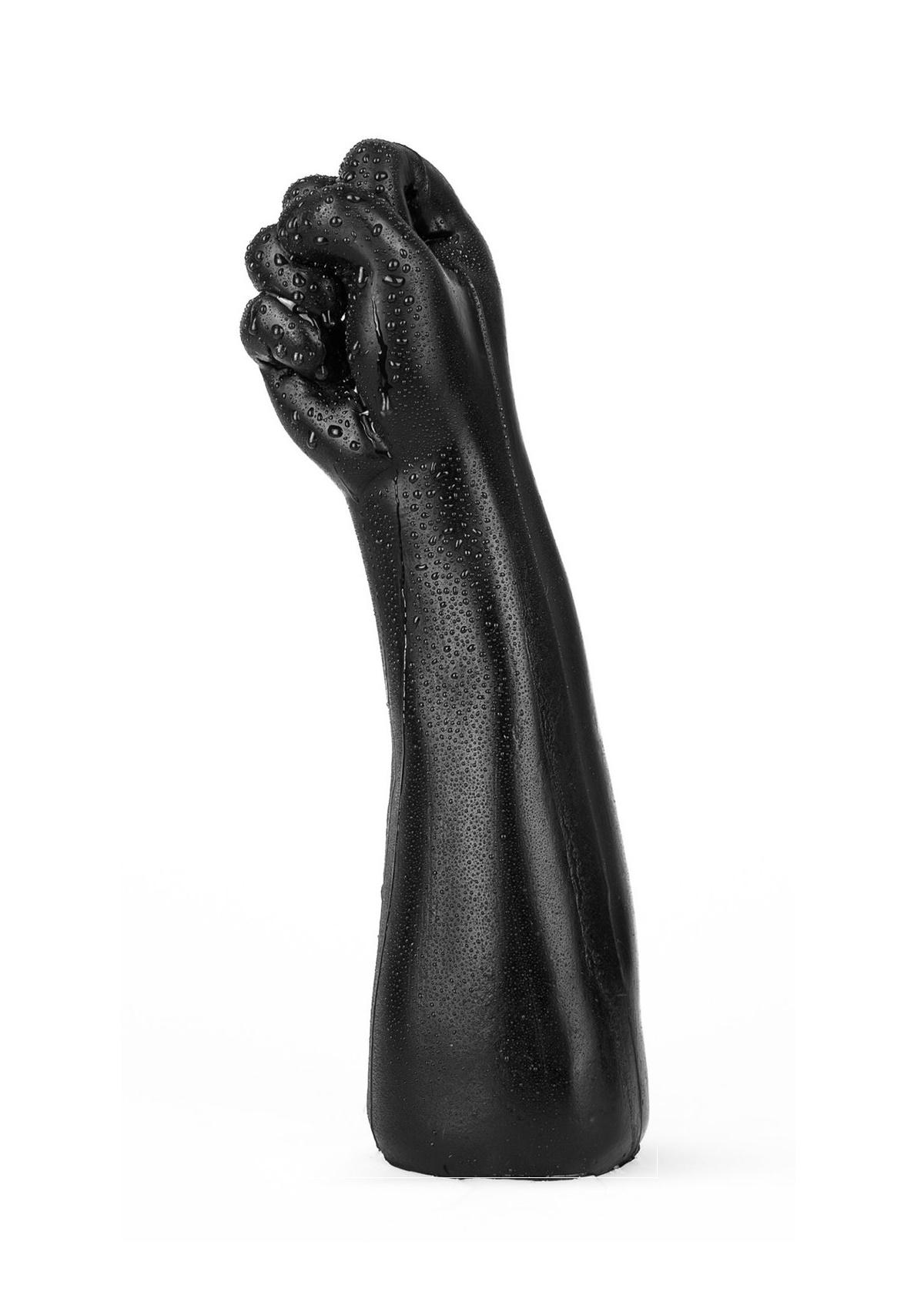 MILAN fekete kéz.