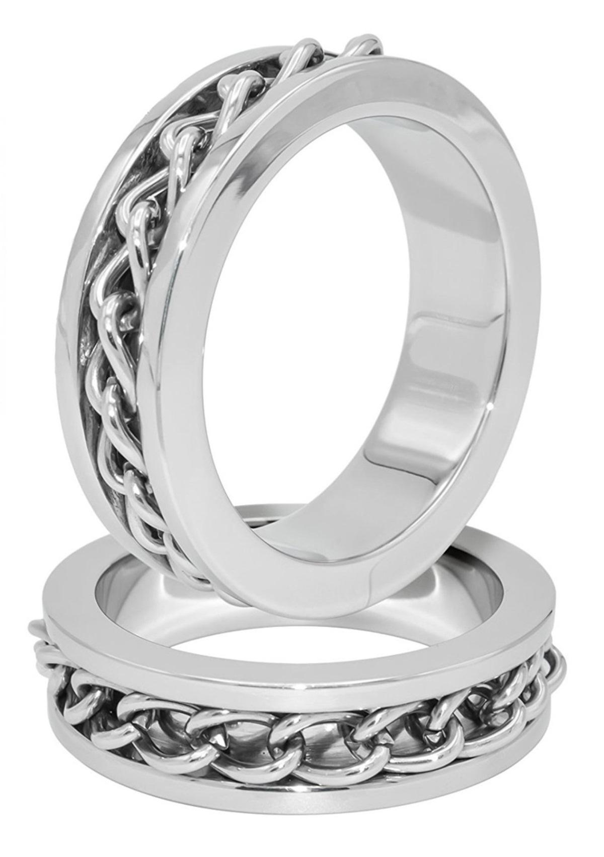 Láncos acél péniszgyűrű.