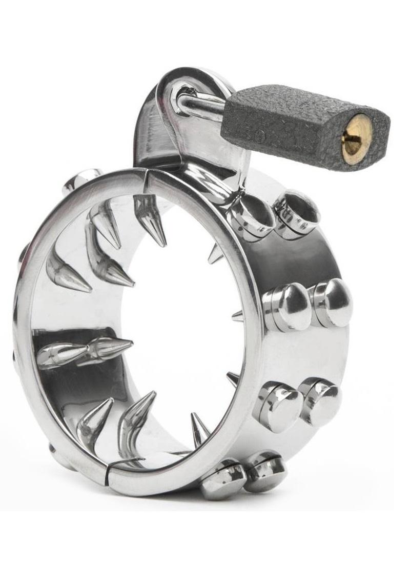 Szöges acél péniszgyűrű.